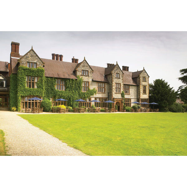 Luxury Overnight Escape With Dinner And Fiz Special Offer