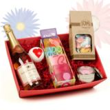 Mothers Day Pamper Hamper with Sparkling Rose Wine