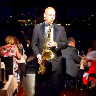 Bateaux Three Course Sunday Lunch Jazz Cruise for Two Product Image