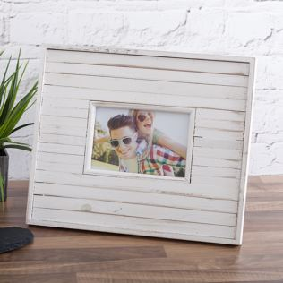 Playa 4 x 6 White Wood Photo Frame Product Image