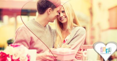 Buying Valentine's Day gifts for her – 5 tips to make shopping easy!