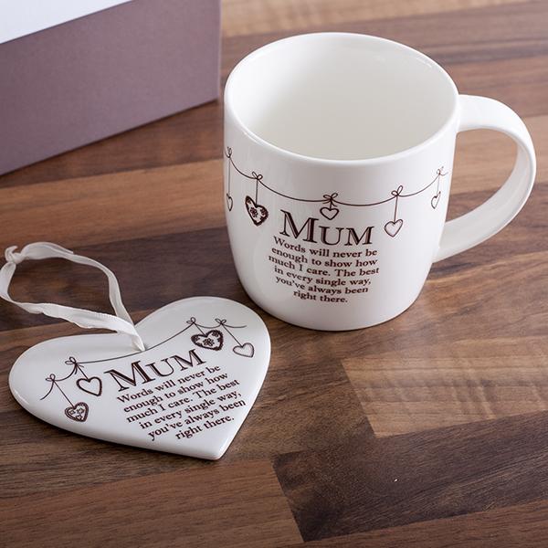 Mum Mug and Heart Gift Set