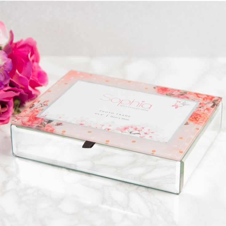 Vintage Boutique Glass Jewellery Box product image