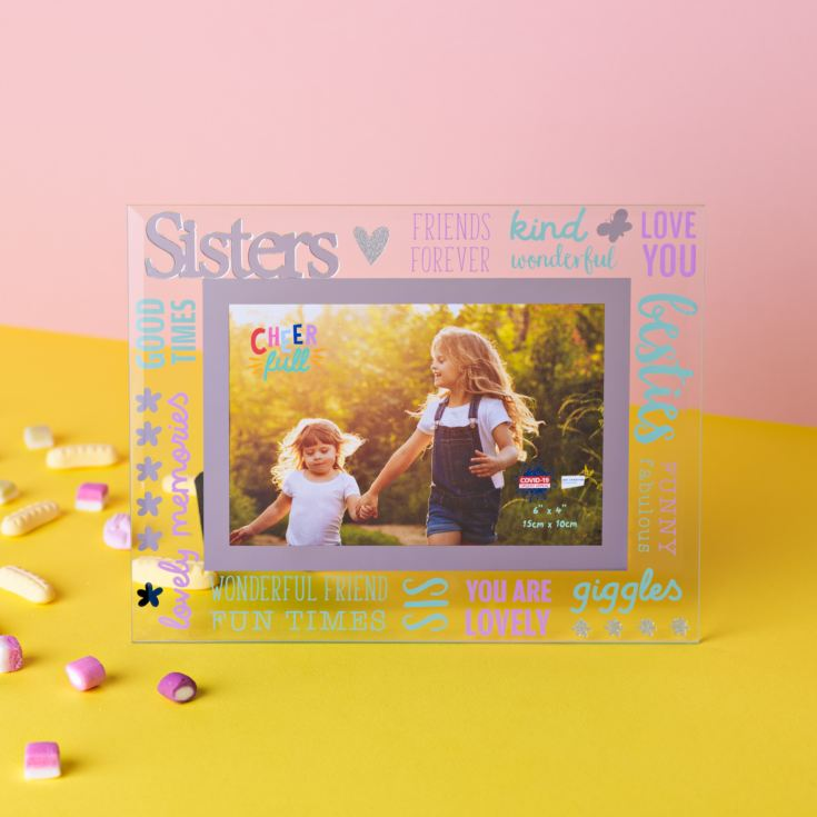 "6"" x 4"" Cheerful Glass Photo Frame - Sister product image"