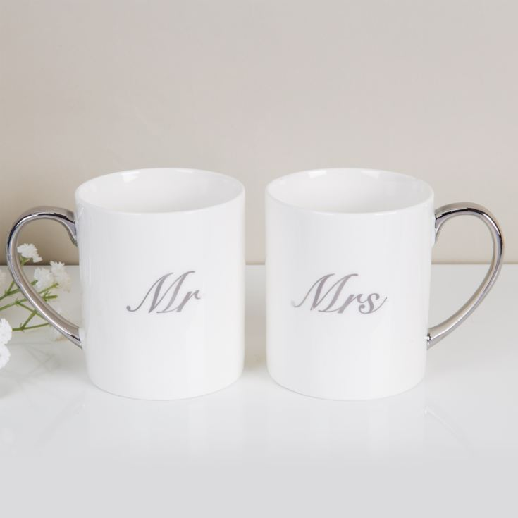 Amore Set of 2 New Bone China Mugs - Mr & Mrs product image