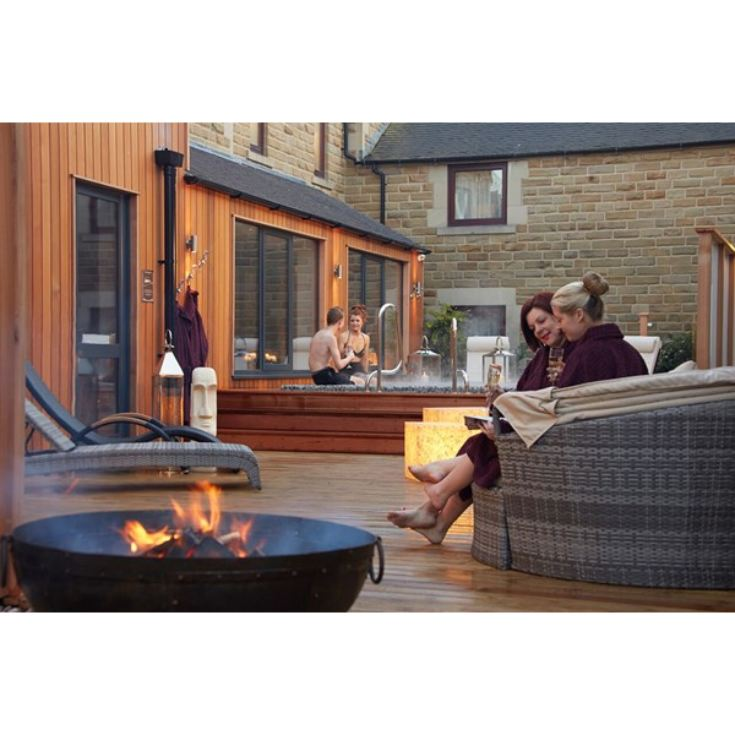 Spa Break with Dinner and Private Hot Tub at Three Horseshoes Country Inn product image