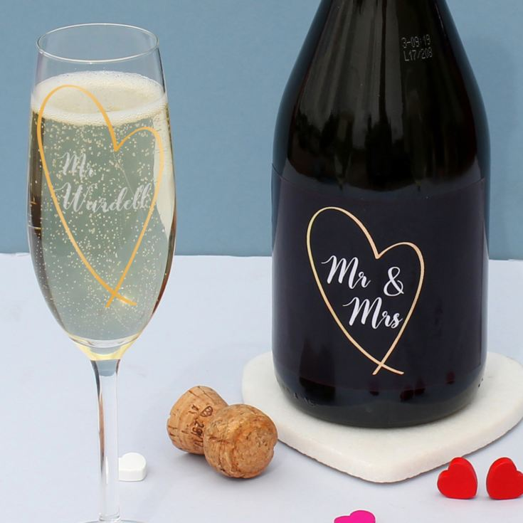 Personalised Mr & Mrs Gold Heart Prosecco Gift Set product image