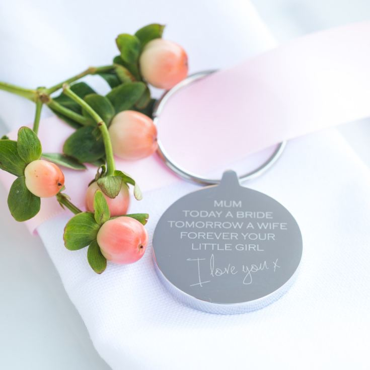 Engraved Mum Wedding Keyring product image