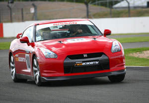 Nissan Gt-r Driving Thrill At Silverstone