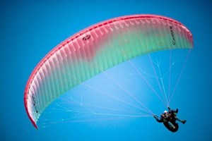 60 Minute Tandem Paragliding Flight
