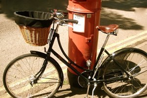 Hampton Court Palace Bike Tour
