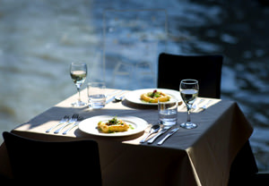 Thames Lunch Cruise for One - Days Out Gifts