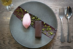 3 Courses And Bubbles At Michelin Recommended Restaurants London