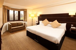 Two Night Hotel Break at the Mercure Edinburgh Princes Street - Edinburgh Gifts