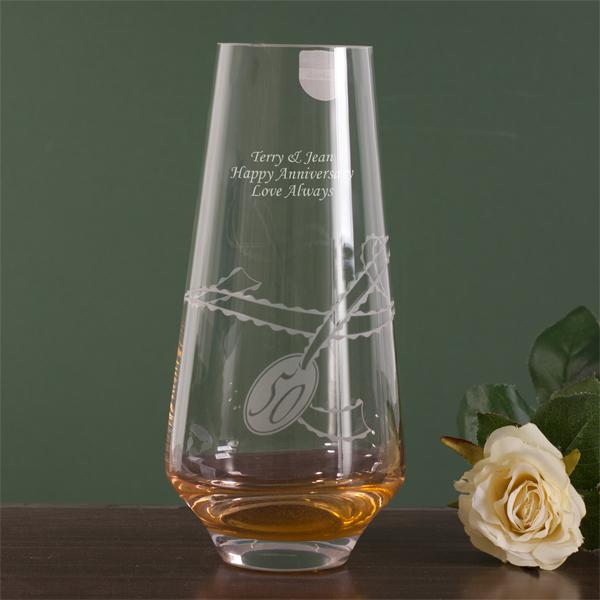 Golden Wedding Gift Experiences : dartington personalised celebrate golden anniversary vase