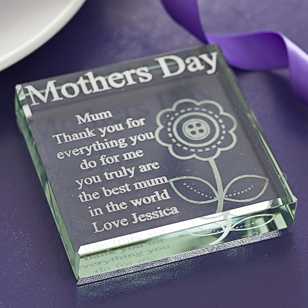 Engraved Mothers Day Glass Keepsake
