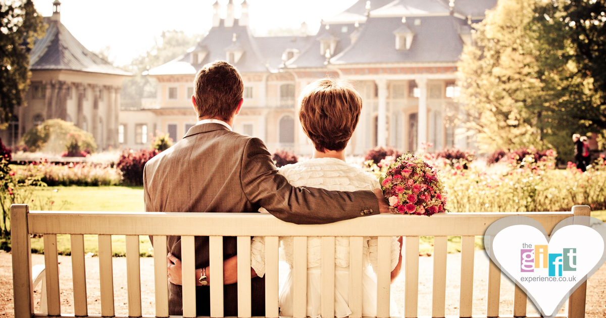 Wedding Experience Gifts: What Gift Can You Give Your Son On His Wedding Day?