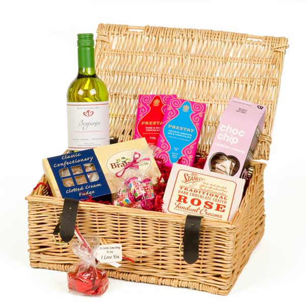 Valentines Day Hamper With Personalised Wine Rose Wine